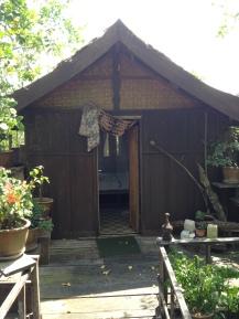 Awi's yellow house, nasz bungalow