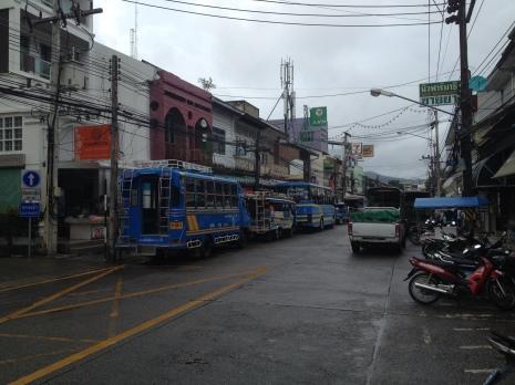 autobusy na patong beach